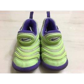 Nike毛毛蟲15cm