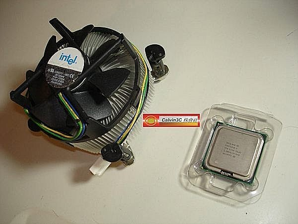 Intel Pentium4 515 正式版 775腳位 速度2.93G 533MHz 1M 90nm 單核心 含原廠風扇01