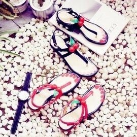 炫彩520 低跟女鞋珍珠櫻桃夾趾涼鞋女粗跟夾腳學生百搭羅馬鞋女潮