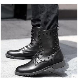 鉚釘高筒靴馬丁靴皮靴男皮靴軍靴尖頭 潮流 男靴子英倫長靴黑色
