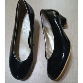 Ann's 粗跟低跟鞋