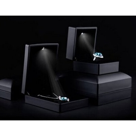 FANXI凡西高檔LED求婚戒指盒 吊墜項鏈飾品首飾收納盒H00102~戒指盒~