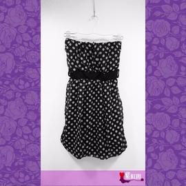 黑色系點點圖案平口收腰飄逸雪紡甜美款洋裝小禮服
