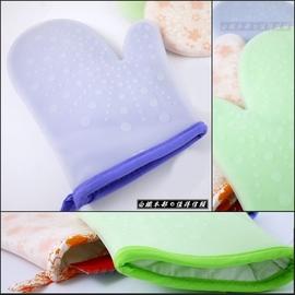 白鐵本部㊣特厚料~矽膠隔熱手套1雙~內層綿料溫暖舒服 外層耐高溫防燙防滑手套 耐熱~40度