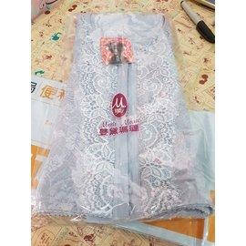 Hsing~Fang Chang 塑身衣XL 1件
