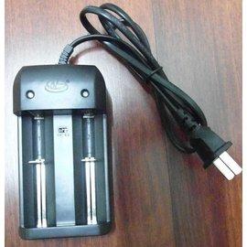 雙燈 南孚環高 HG-1210W 雙指示燈 3.7v離電池 3.2v磷酸鐵鋰電池 充 18