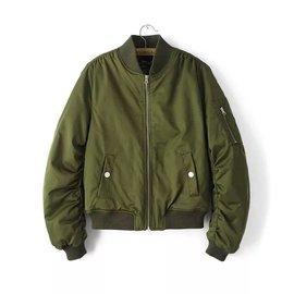 ~預~MA1飛行外套 俐落短夾克男女款分厚薄此為女款 處 499元