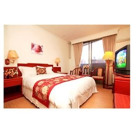 宜蘭礁溪 紘冠大飯店 憑住宿 券平日只要960元即可入住雙人房 泡湯 SPA 溫泉 附早餐