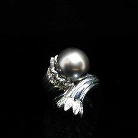 大眾當舖 流當品 編號495 天然南洋珍珠戒指、珍珠12.4mm 鑽石k金戒台、國際圍^#