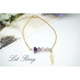 紫色碎石金色葉子吊飾細手鍊~不規則 晶石 串珠 珠飾 羽毛 樹葉 鍊條 手鍊 手環 腳鍊
