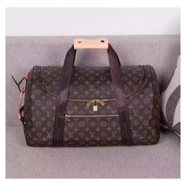 LV包包(旅行袋 旅行包 大包包最新大容量旅行袋, 這款以Damier Cobalt帆布製成的路易威登標誌性旅行袋)