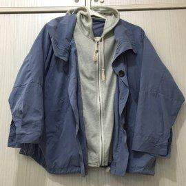 無牌 寬鬆 連帽拉鍊扣子口袋外套 (女款S-M號)