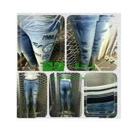 娜拉中大  NALA~K3557~中低腰.淺藍色系.螺紋伸縮腰頭~雙腿 牛仔七分褲~XL.