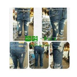 娜拉中大  NALA~K5600~中腰.潑漆刮破 牛仔七分褲~XL~