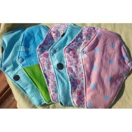 預購易清潔快乾 有機布料 無添加螢光劑 布衛生棉 布護墊 月經杯月釀杯好友 防水層彩棉L款