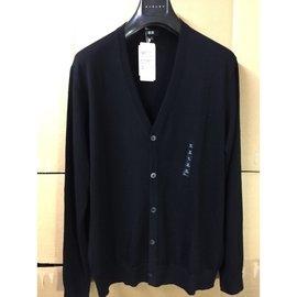 UNIQLO 精紡美麗諾羊毛V領開襟外套