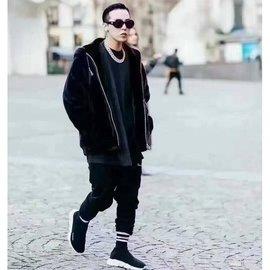 【新視野】運動鞋Balenciaga彈力襪子鞋男女情侶權誌龍同款