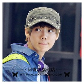 exo周邊鹿 同款DICUBO 鉚釘骷髏頭軍帽平頂帽子男女