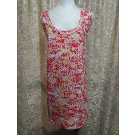 ~麗麗ㄉ大碼舖~大尺寸1~3X 50~56吋 紅桔色碎花圓領單口袋無袖彈性背心上衣~加大碼