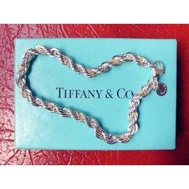 TIFFANY&Co降價出售