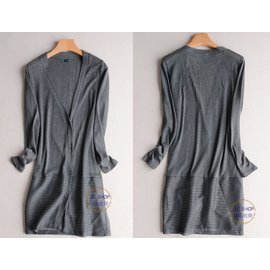 JC飾品 * 服裝-薄款-簡約風防曬外搭中長款氣質OL縷空V領鈕扣外搭針織小外套