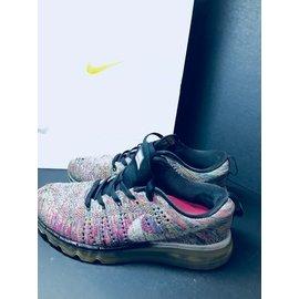 Nike air max flyknit 編織