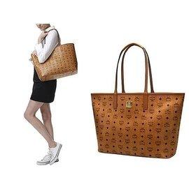 優速快購~2015韓國MCM 春夏款 LOGO 女士單肩提拉 袋書包背包 水桶