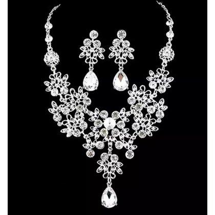 新娘項鏈 禮服項鏈 肚皮舞項鍊 印度舞項鏈 小花朵 白色