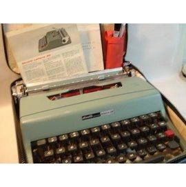 1950s 西班牙Olivetti Lettera 32 古董打字機 (庫存新品)