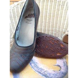 macanna麥坎納 全真皮黑色縫線 高跟鞋