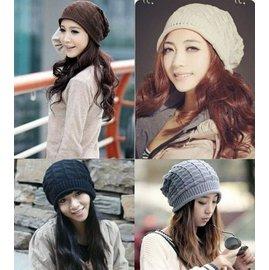 日韓 館  ~ 三角菱形格毛線帽堆堆帽 韓風頭飾針織帽男女帽子 日系服飾保暖套頭帽情侶帽