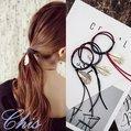Chis Store【撞色金屬葉子髮圈】韓國髮飾 簡約雙色拼接百搭個性樹葉羽毛 髮束 綁頭髮飾 包子頭 丸子頭 盤髮器