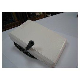 SED鴿子窩:勝家 SINGER  桌上型萬用縫紉機 6   9 系列 氣壓踏板