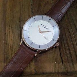 實拍★Creyes鐘錶★ Kezzi 時尚氣質金框雙層錶面手錶 白錶面咖真皮錶帶 #禮物 michael kors CK
