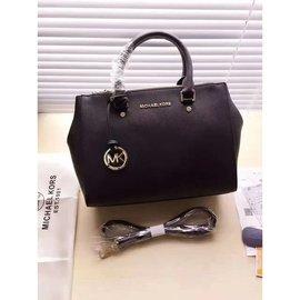 【米蘭坊】Michael Kors MK Sutton 手提包 拖特包 殺手包 側背包 蝙蝠包 水桶包