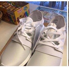 Adidas Tubular viral W 鞋