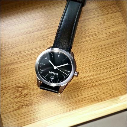 近全新僅試戴 LICORNE 砌系列 黑色 知性氣質女錶 文青中性手錶 穿搭飾品錶 公司貨附保卡 畢業禮物 超商取貨付款免運費