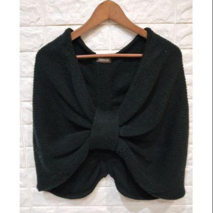 近新 niceioi 蝴蝶針織毛衣斗篷 毛衣罩衫
